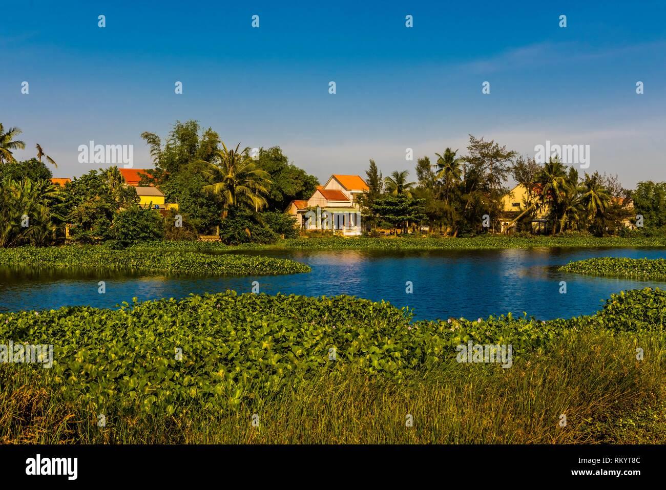 Le long de la rivière Thu Bon à l'extérieur, Viêt Nam. Photo Stock