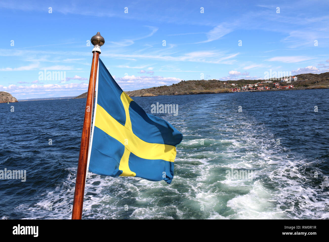 Schwedische Flagge auf einem Schiff, Schweden / drapeau suédois sur un navire, la Suède Banque D'Images