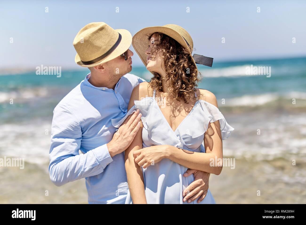 Couple at beach, vacances, été, l'amour, le flirt Photo Stock