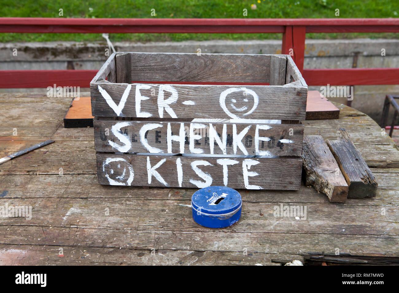 Boîte cadeau, vieux port, Kappeln, Schleswig-Holstein, Allemagne, Europe Photo Stock