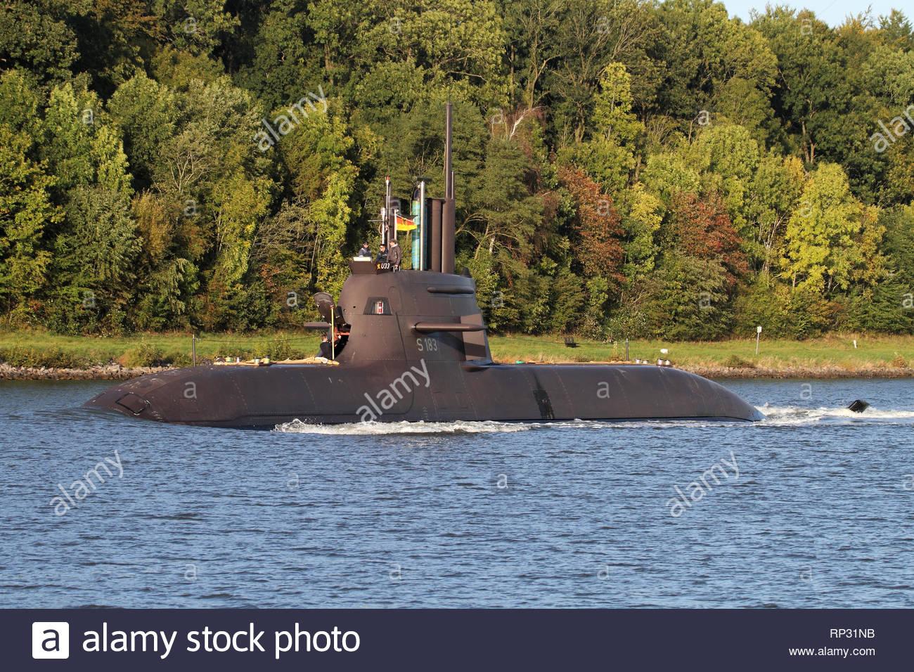 Le sous-marin allemand U 138 S33 dans le canal de Kiel Photo Stock