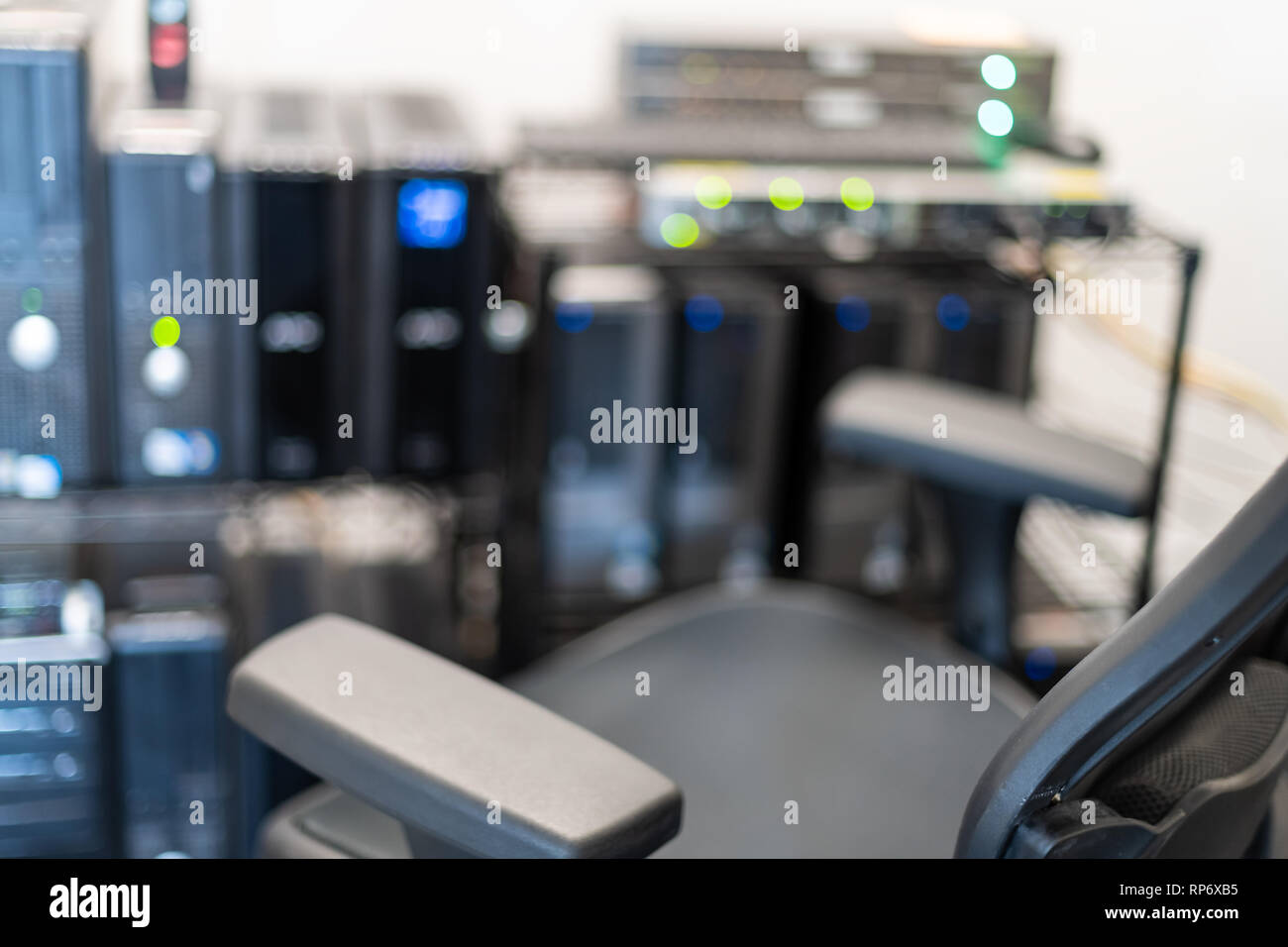 Computer servers lights photos & computer servers lights images alamy