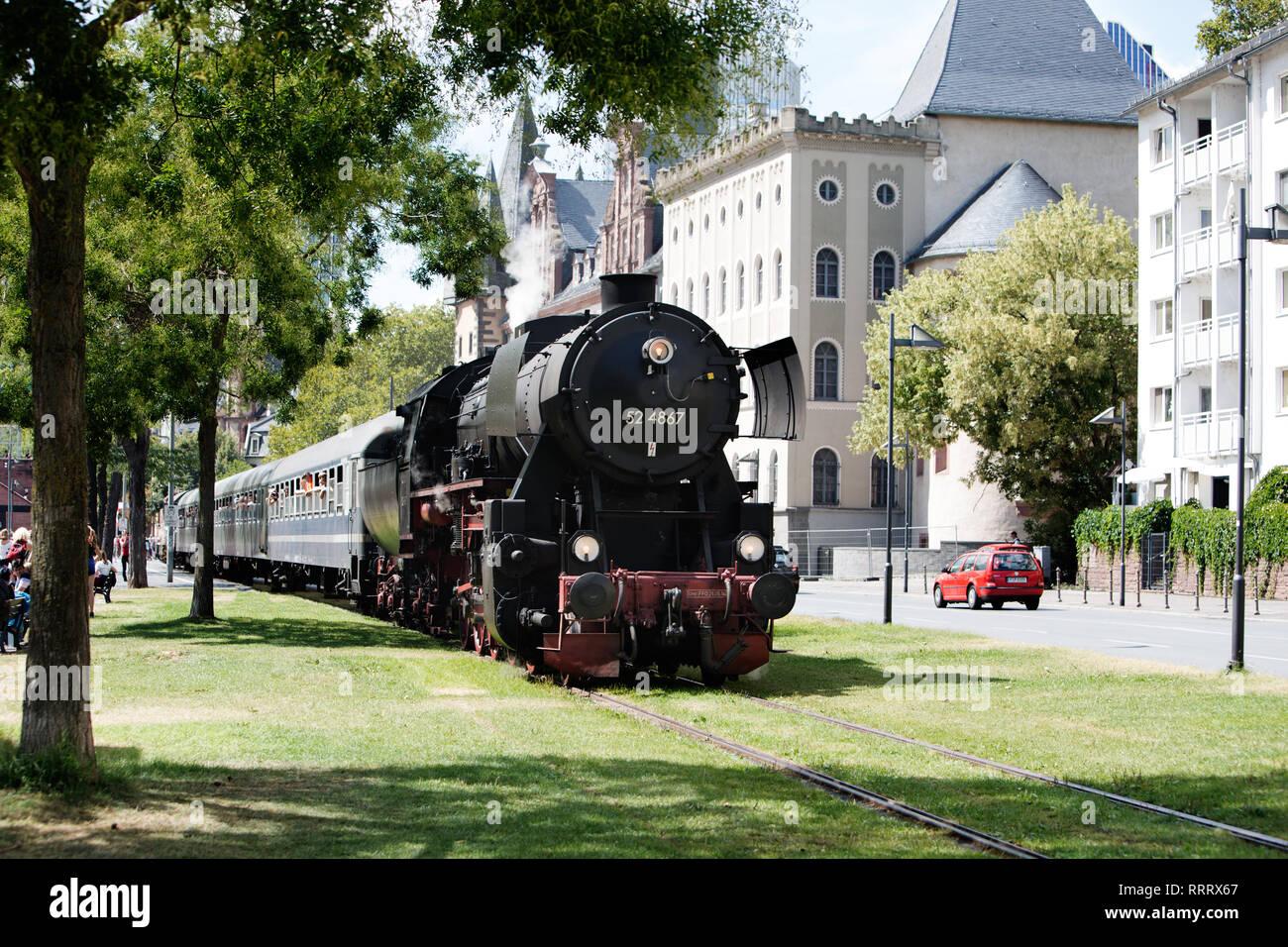 Europa Deutschland Hessen Frankfurt Sachsenhausen Alt Sachsenhausen Eisenbahn Dampflokomotive Photo Stock