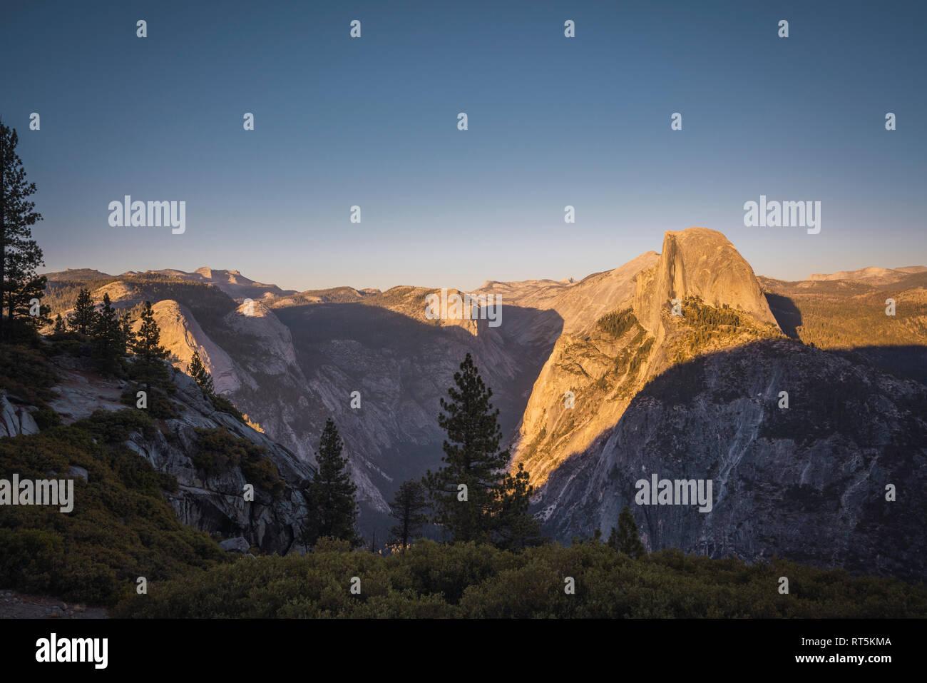 États-unis, Californie, Yosemite National Park, Glacier Point Banque D'Images