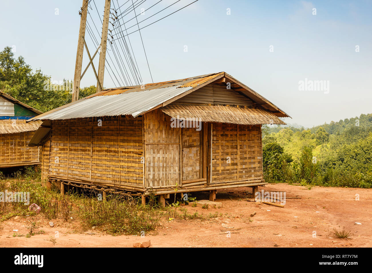 maison en bambou photos maison en bambou images alamy. Black Bedroom Furniture Sets. Home Design Ideas