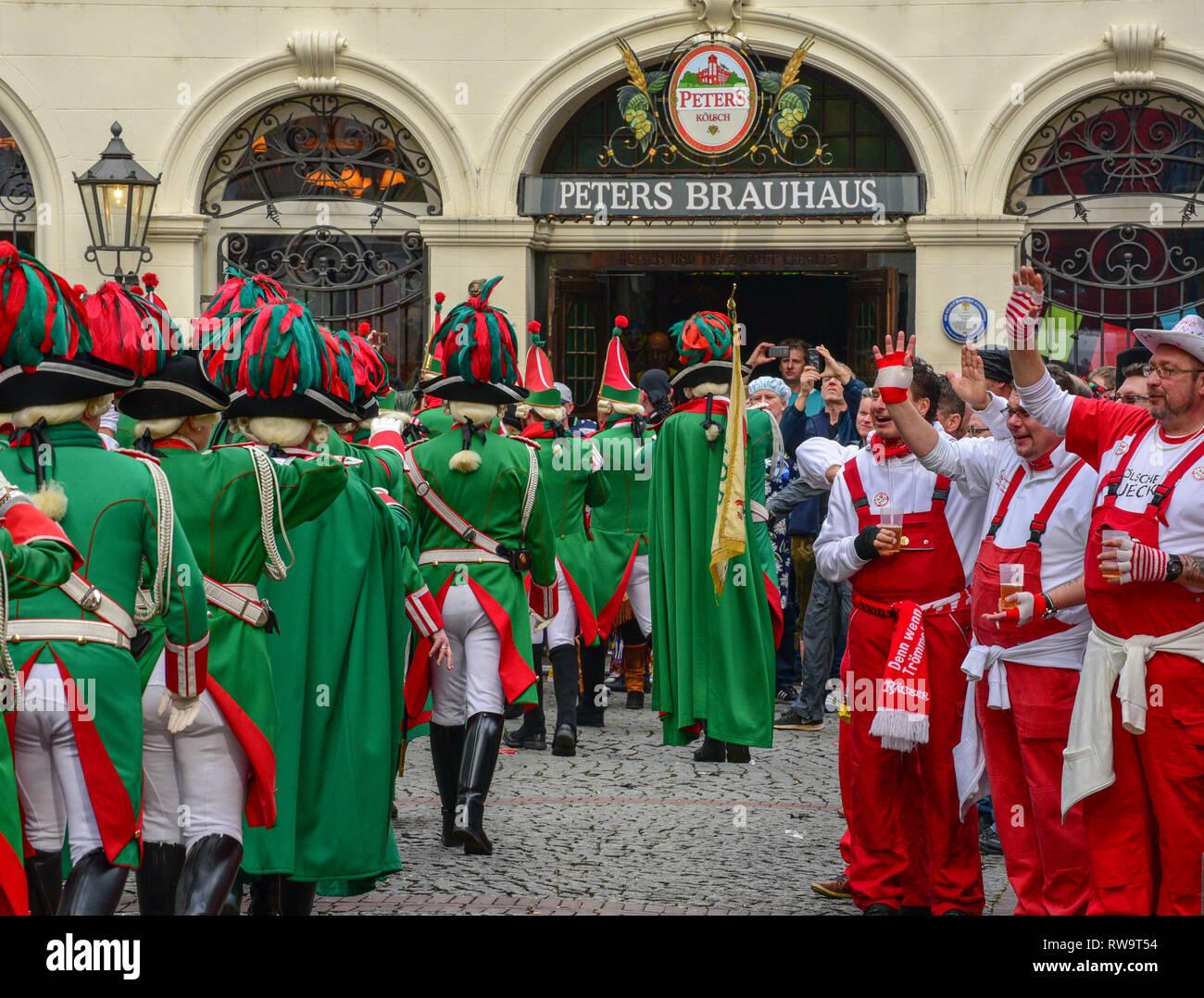 Carnaval de Cologne célèbre fêtards Photo Stock