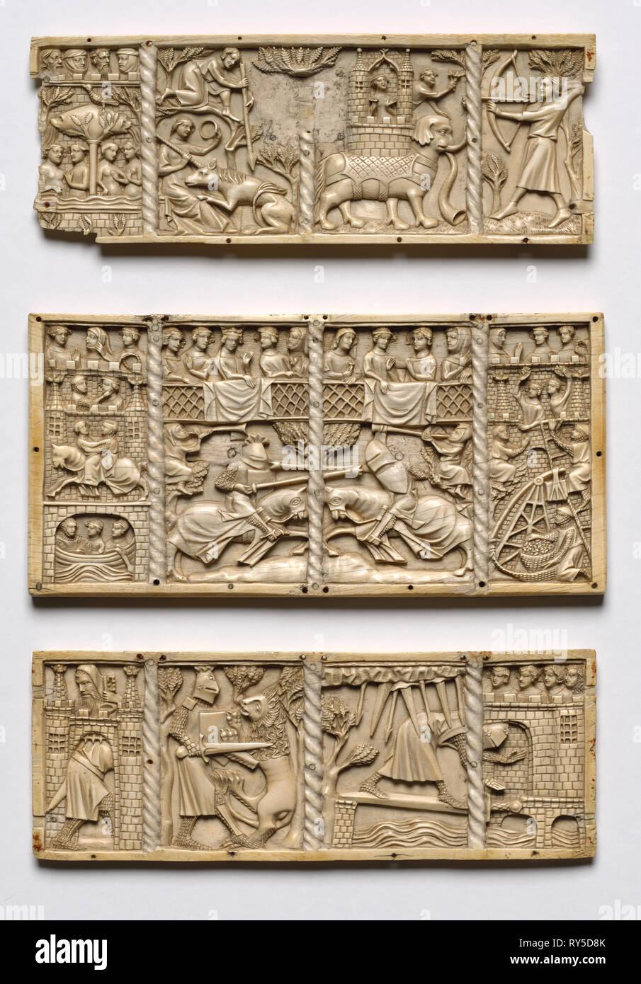 Ensemble de trois panneaux d'un cercueil avec des scènes de romans Courtois, c. 1330-50. France, Lorraine?, la période gothique, 14ème siècle. L'ivoire; Total: 13 x 26,2 x 1 cm (5 1/8 x 10 5/16 x 3/8 in. Photo Stock
