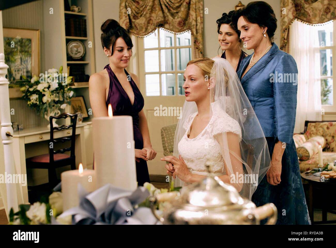 LINDSAY SLOANE, Uma Thurman, LINDSEY KRAFT,BROOKE ADAMS, THE ACCIDENTAL HUSBAND, 2008 Photo Stock