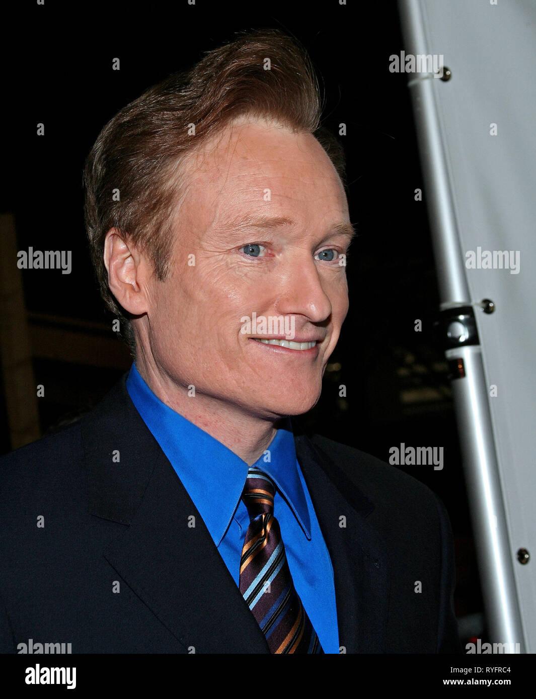 Conan o'brien rencontres en ligne Hook up offre Nissim feat. paroles de Maya