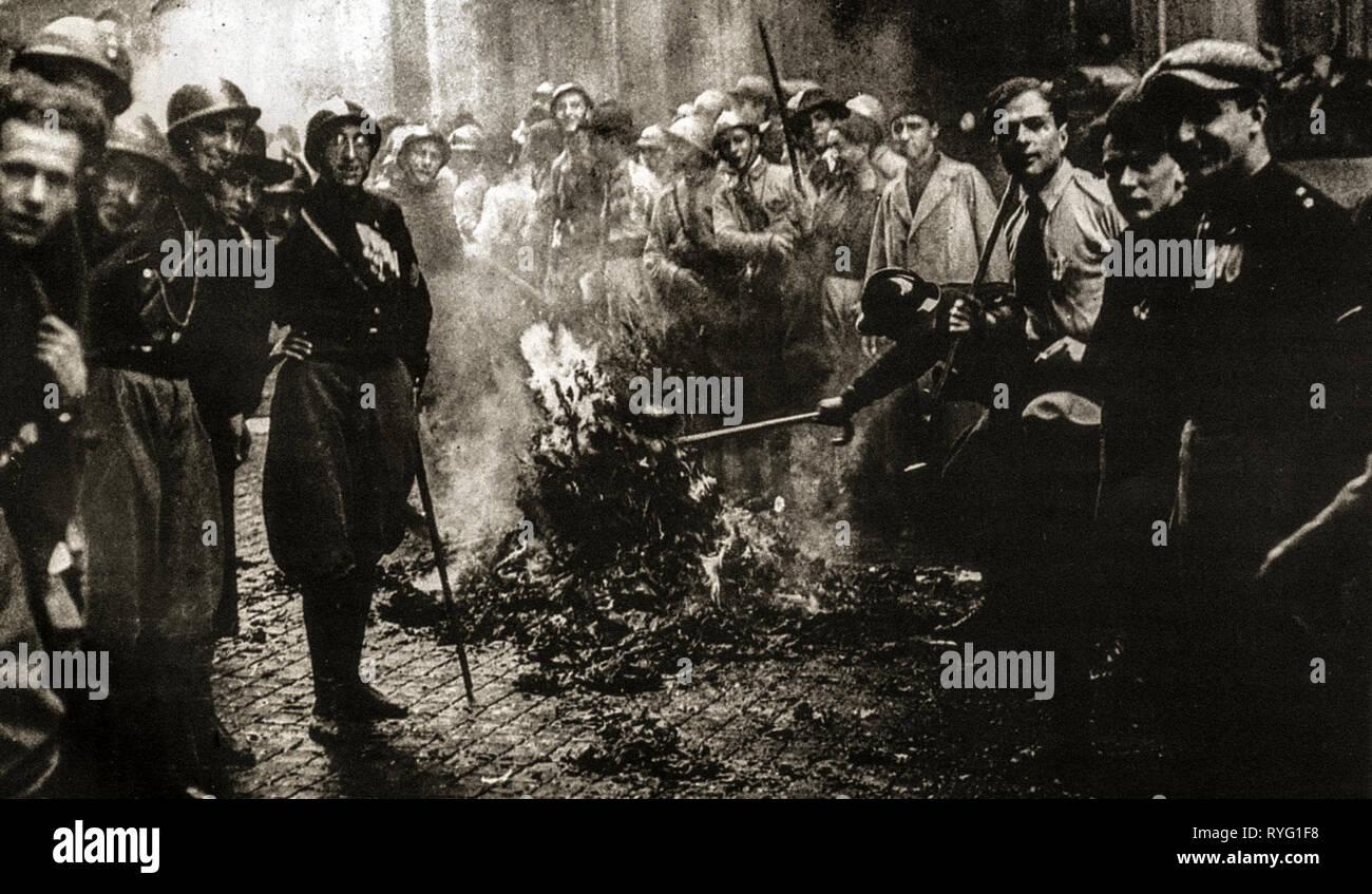 Italie - fascistes le long de la marche sur Rome ( 28 - 30 ottobre 1922 ) Photo Stock
