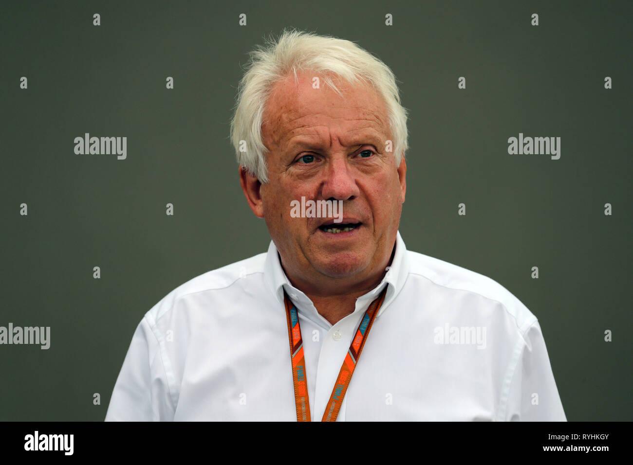 Charlie Whiting PHOTOS FICHIER F1 Le directeur de course est mort aujourd'hui, Melbourne,... Charlie Whiting PHOTOS FICHIER F1 Le directeur de course est décédé le 14 mars 2019. Singapour, Singapour. Sep 17, 2017. © Photo4/LaPresse 17/09/2017 Singapore, Singapour Sport Grand Prix Formula One 2017 Singapour dans le pic: Charlie Whiting (GBR), directeur de course et délégué Crédit: LaPresse/Alamy Live News Banque D'Images