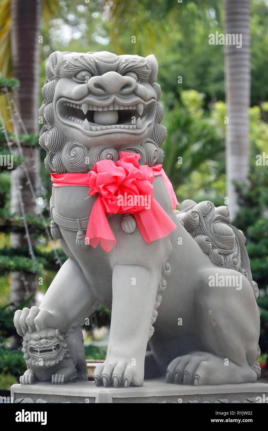 Lion gardien impérial. Statue. Chau Doc. le Vietnam. Photo Stock