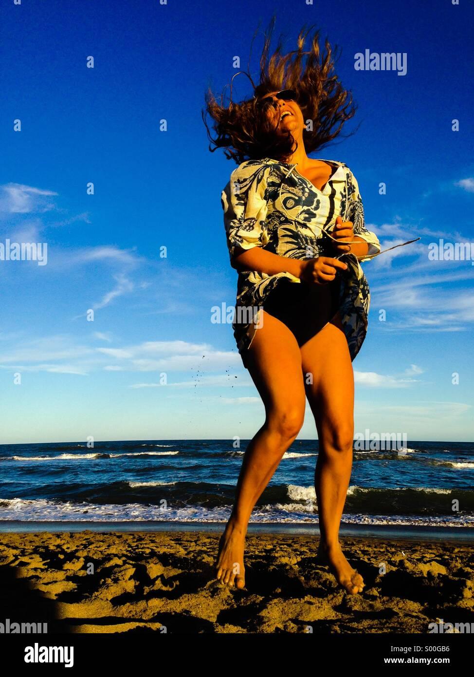 La joie dans la plage Photo Stock