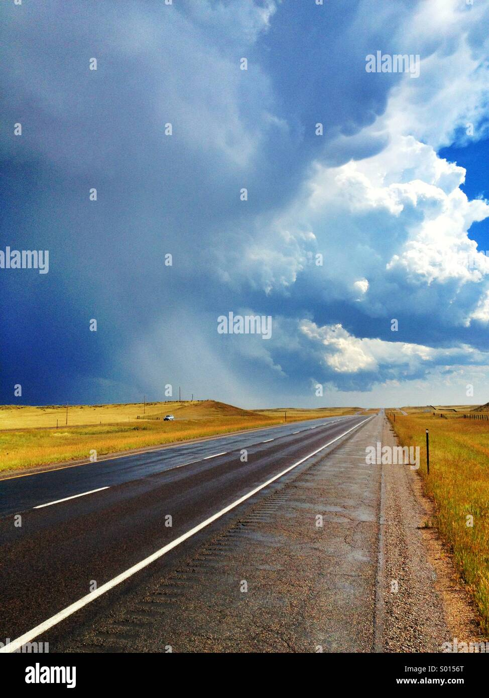 L'autoroute pendant une tempête dans le nord du Colorado Photo Stock