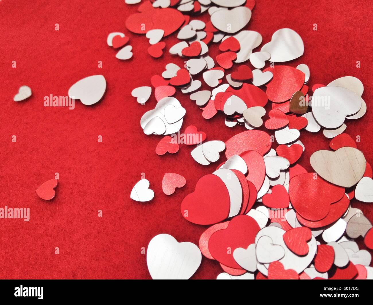 Confettis en forme de coeur Photo Stock