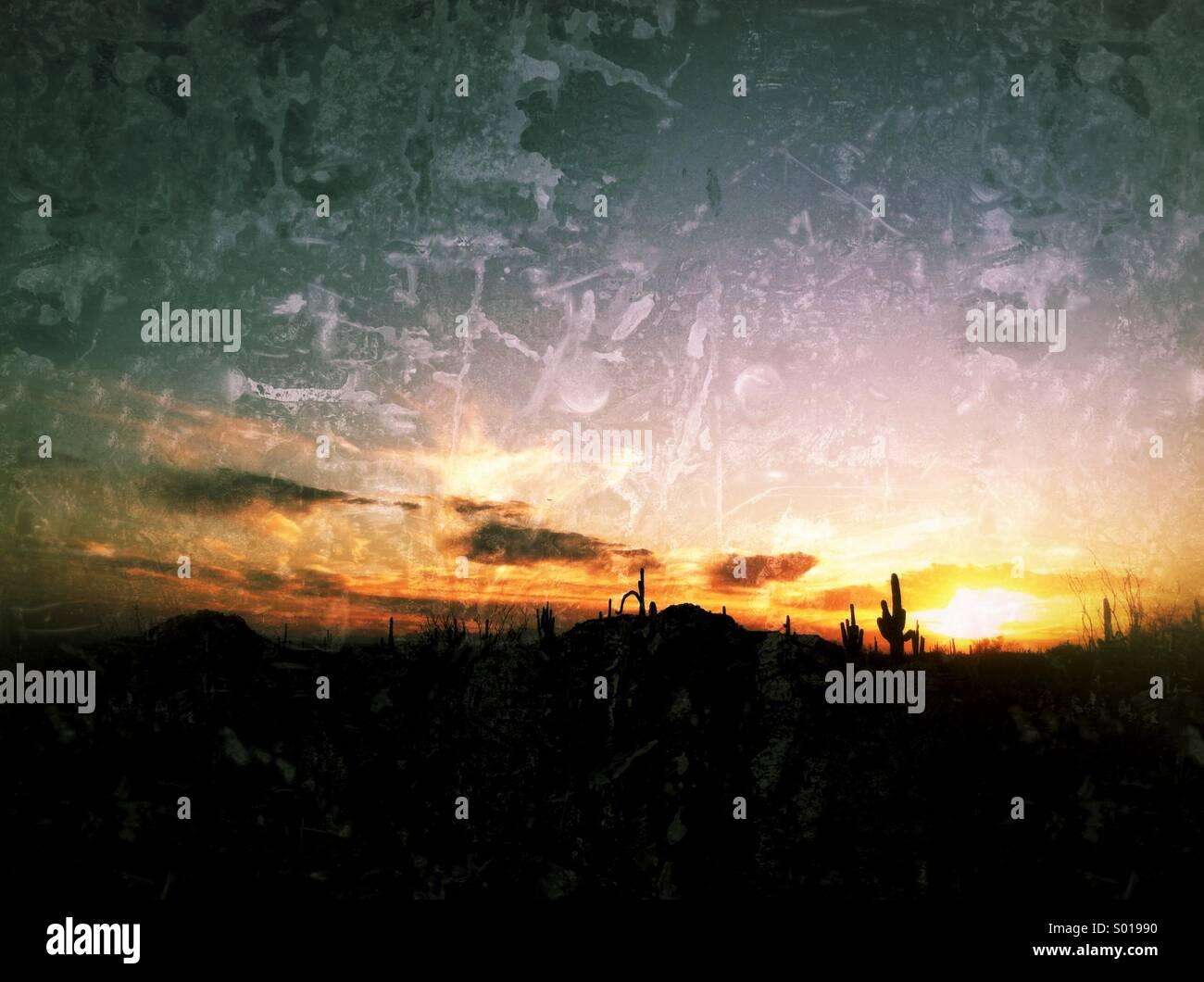 Un classique dans le sud-ouest de coucher du soleil à Arizona. Photo Stock