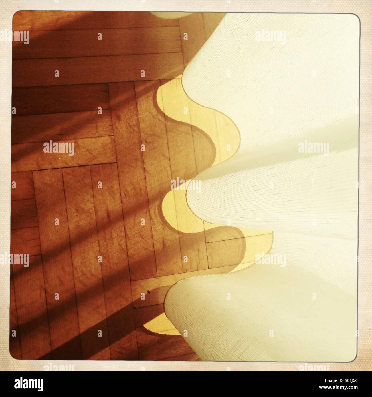 Marbre et rideau avec ombre Photo Stock