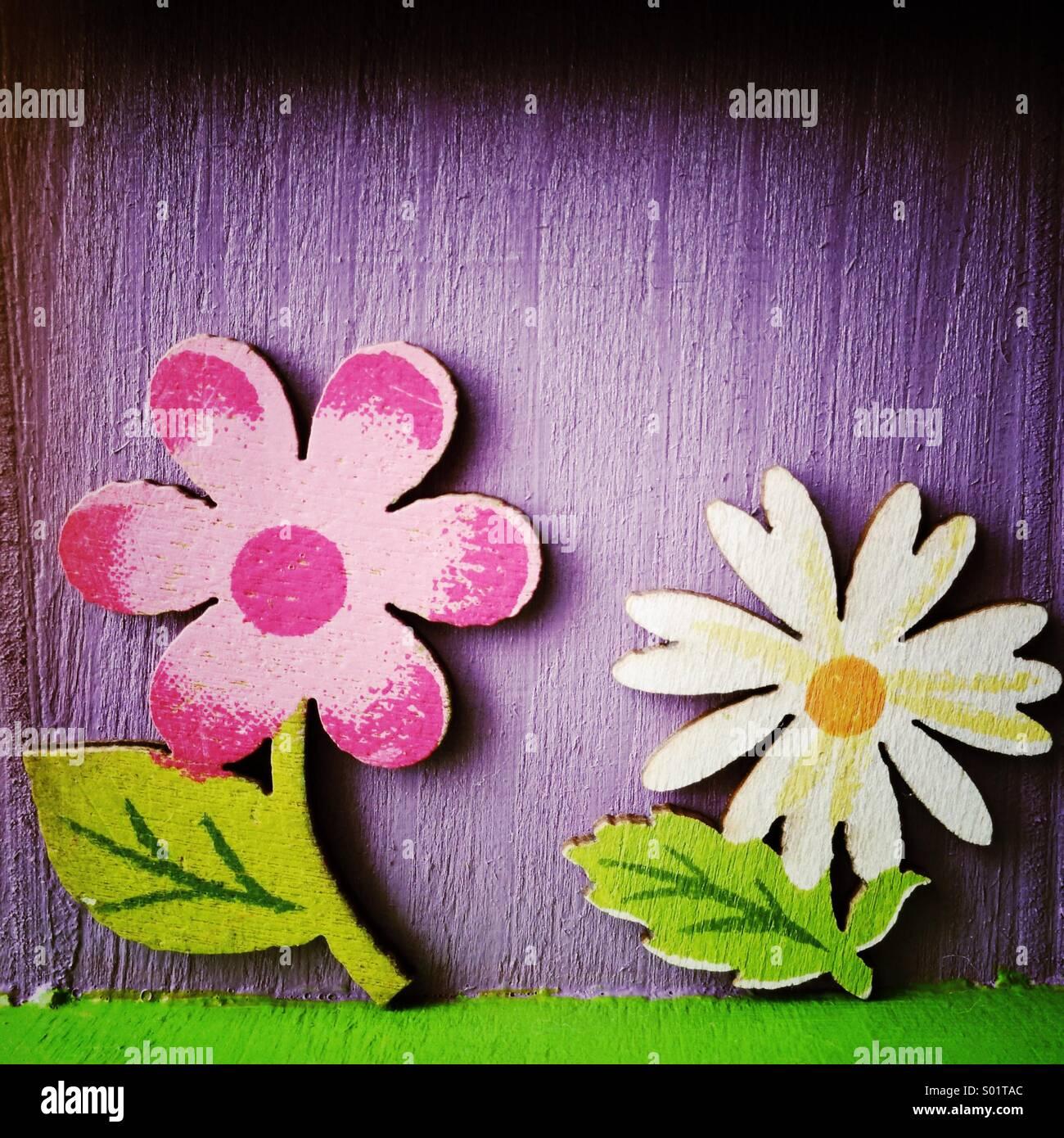 Fleurs en bois peint Photo Stock