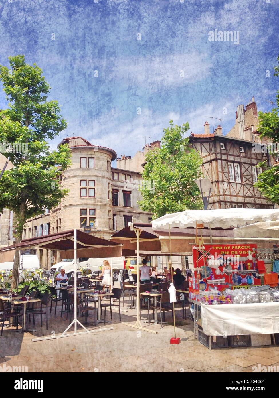 Terrasse De Restaurant La Vieille Ville Saint Etienne Loire