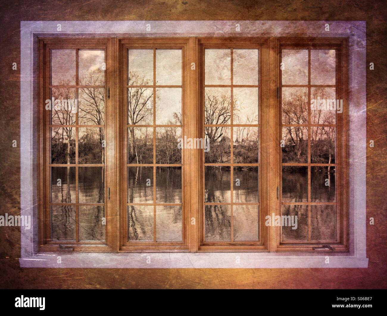 Fenêtre sur l'automne Photo Stock