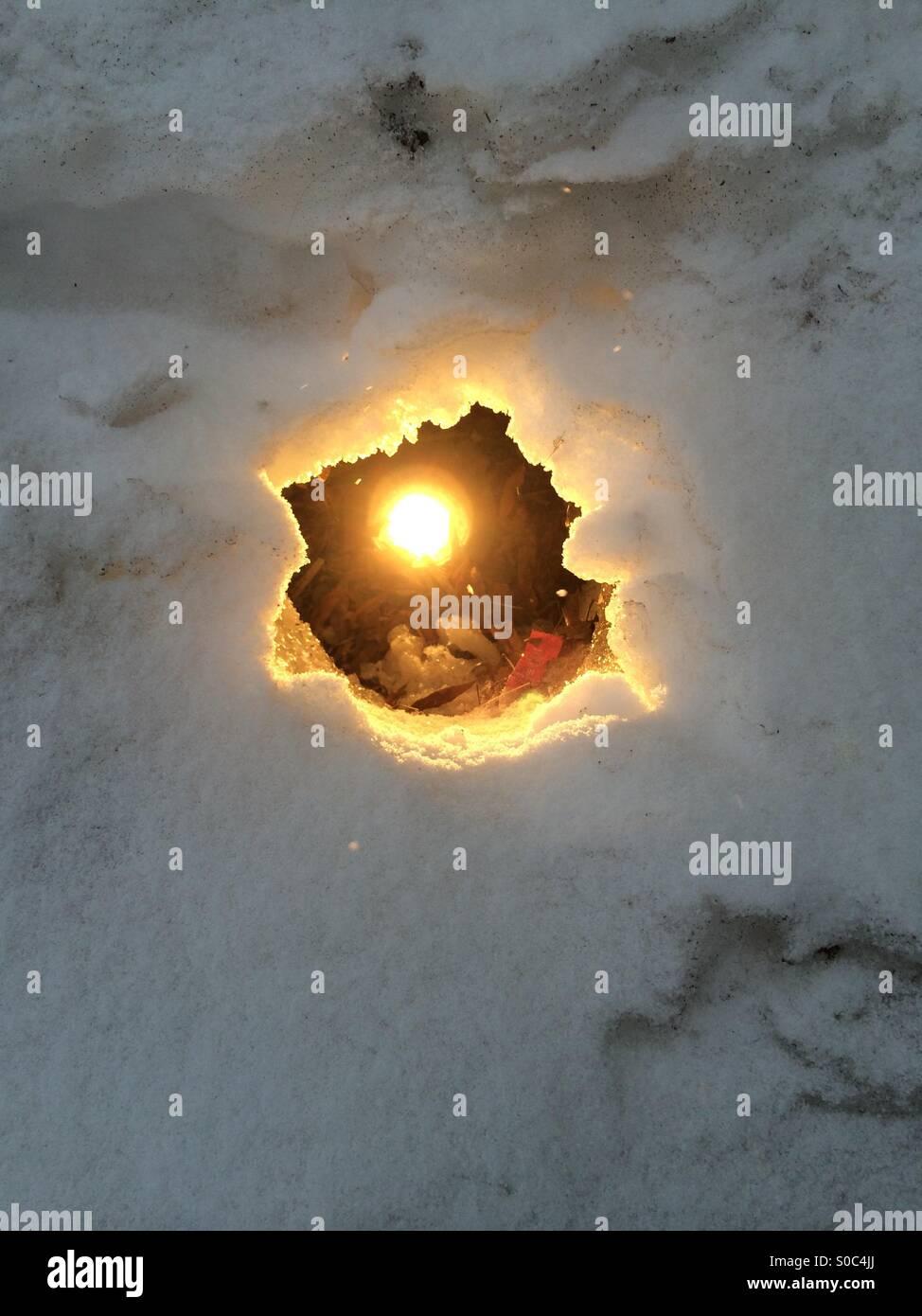 La lumière dans la neige Photo Stock