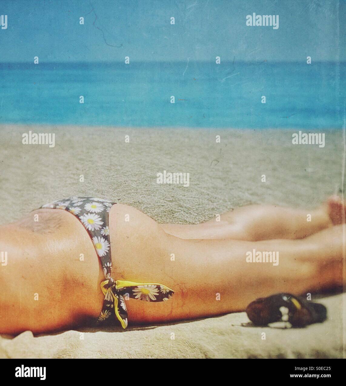 Bikini et lunettes de soleil Photo Stock