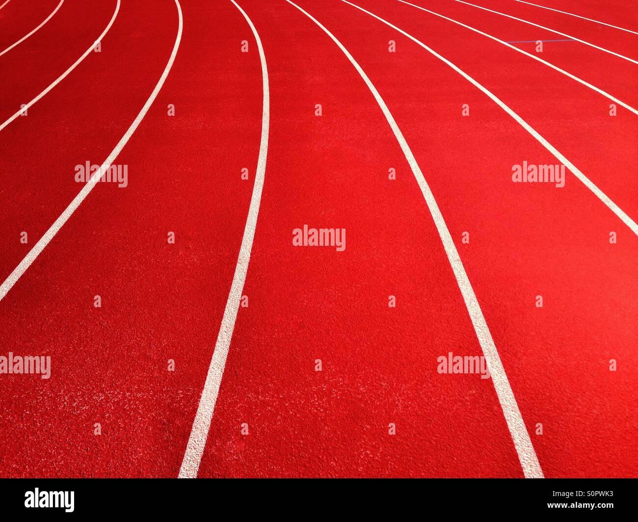 Lignes sur une piste de course sur terrain de sport Photo Stock