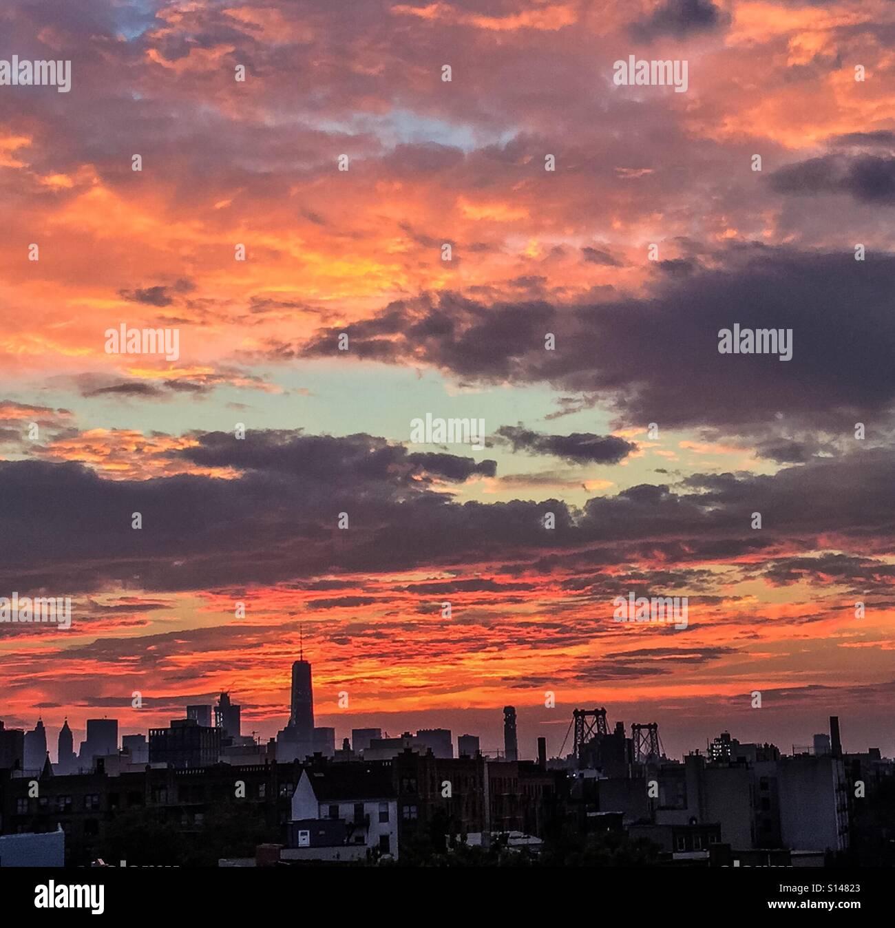 Vue du coucher de Williamsburg, Brooklyn de New York. Banque D'Images