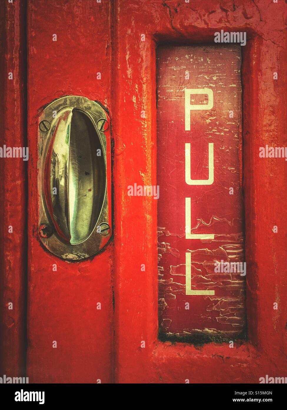 Boîte de téléphone rouge détail Photo Stock