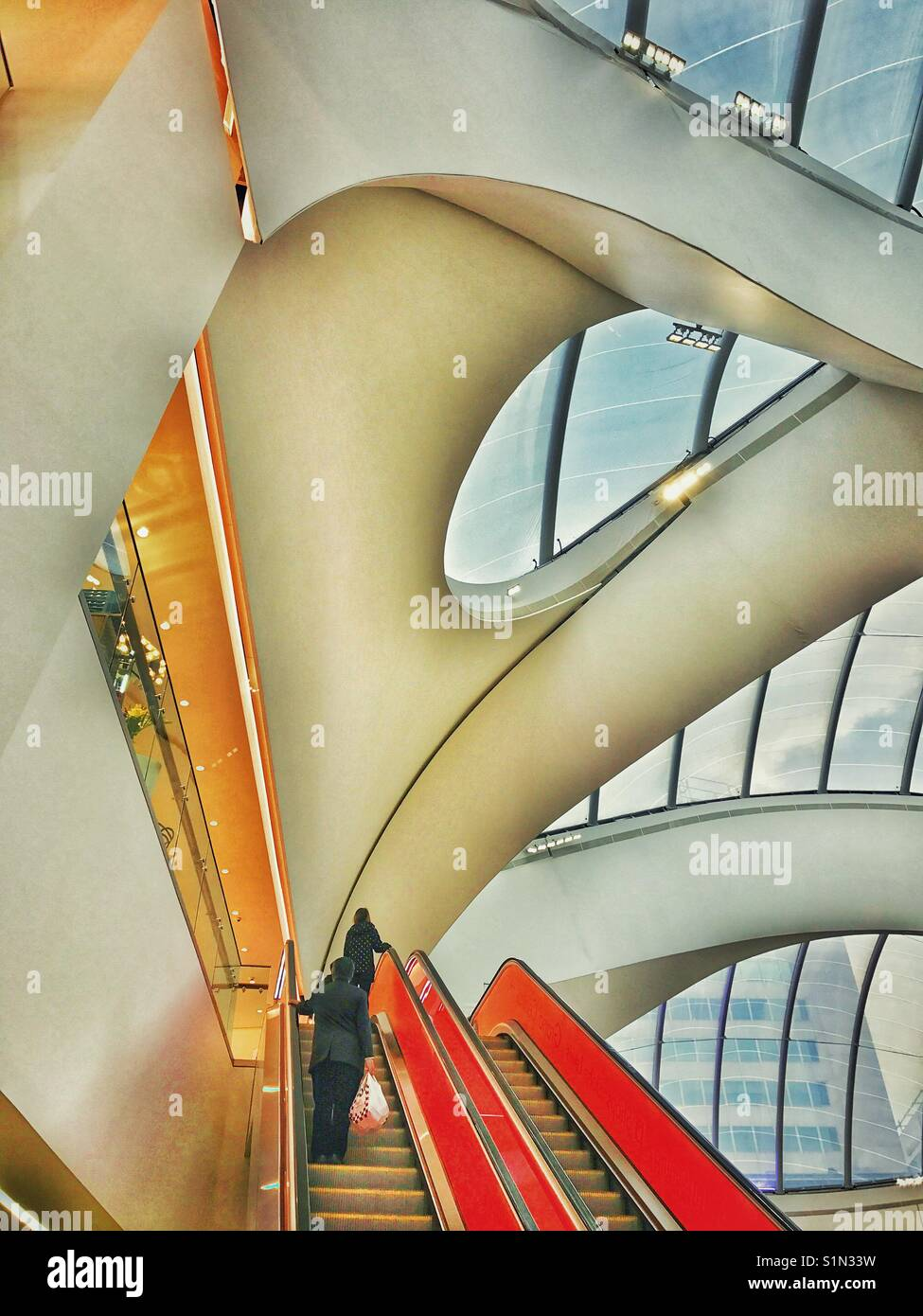 Intérieur du nouveau complexe à Grand Central Station autrefois connu sous le nom de la gare de New Street, Photo Stock