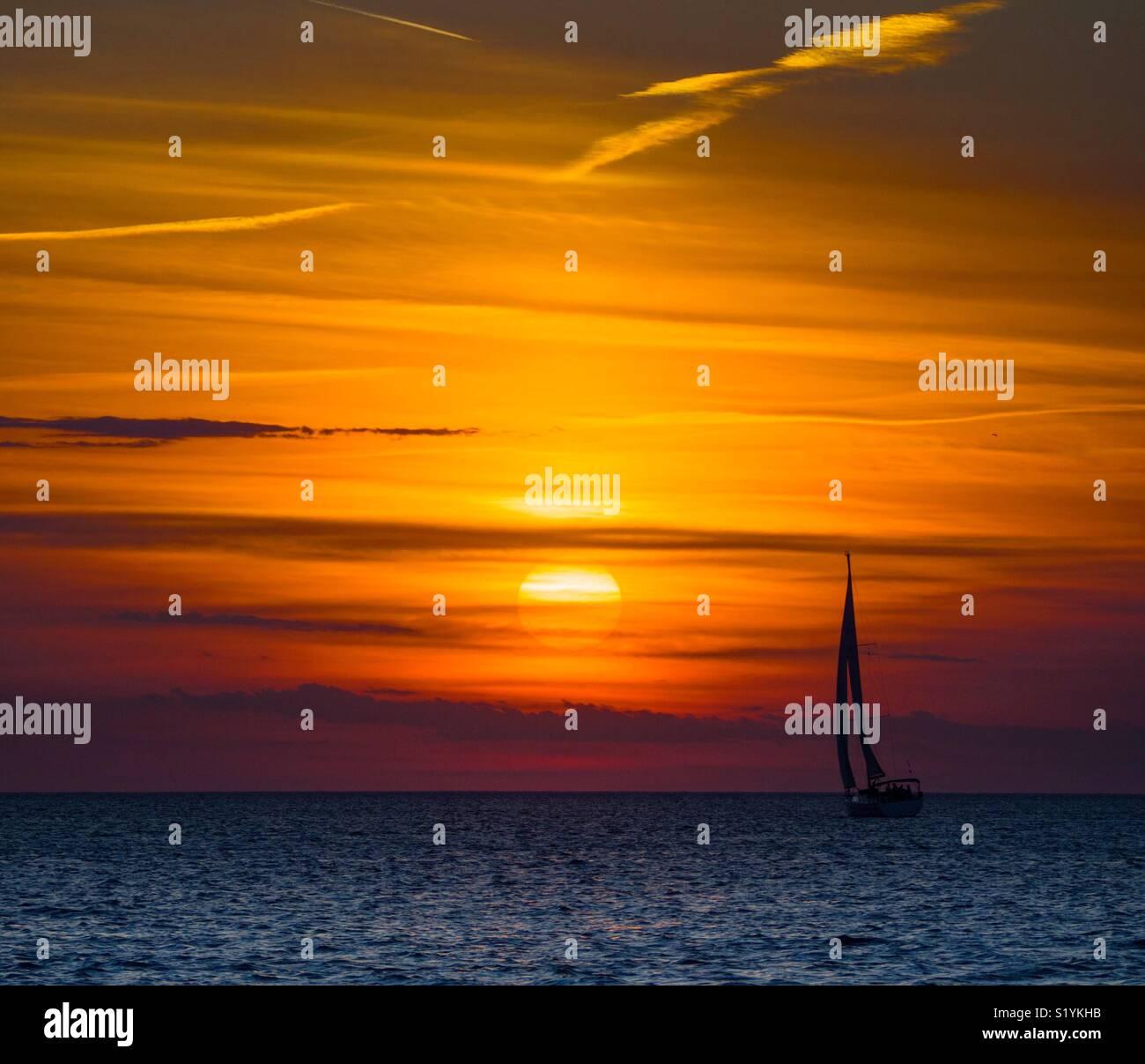 Coucher du soleil à Zadar, Croatie Photo Stock