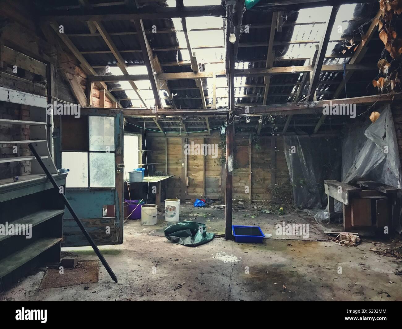 Une vieille grange dans le besoin d'une rénovation Photo Stock