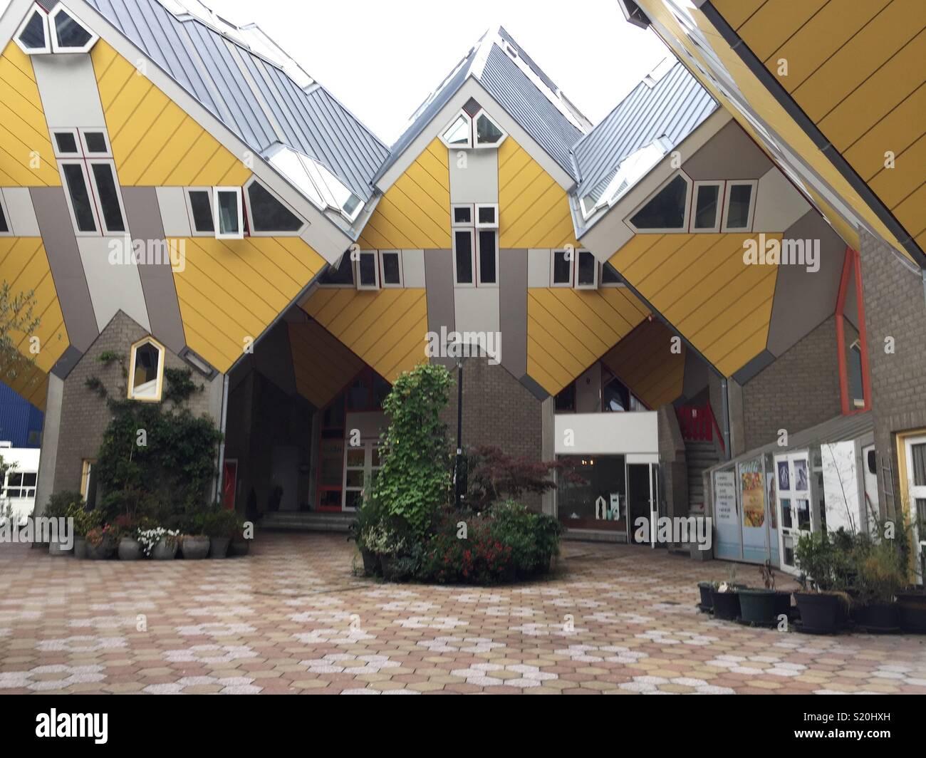 L'avant du cube jaune maisons à Rotterdam, Pays-Bas Banque D'Images