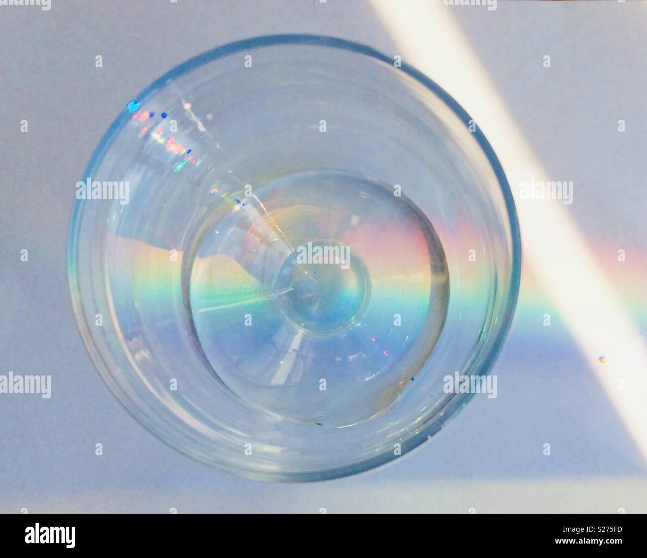 La réfraction arc-en-ciel de verre Photo Stock
