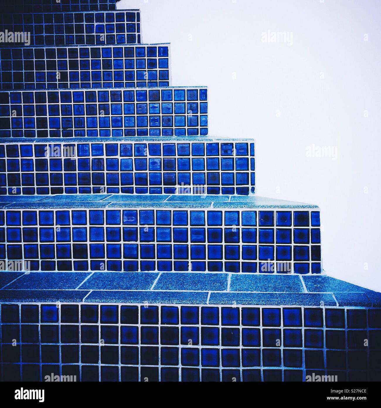 Étapes de tuiles bleues El Porto, Californie près de Manhattan Beach Banque D'Images