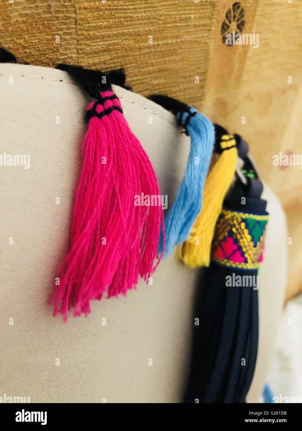 Des pompons colorés Banque D Images, Photo Stock  311192711 - Alamy eca4d03a7b4
