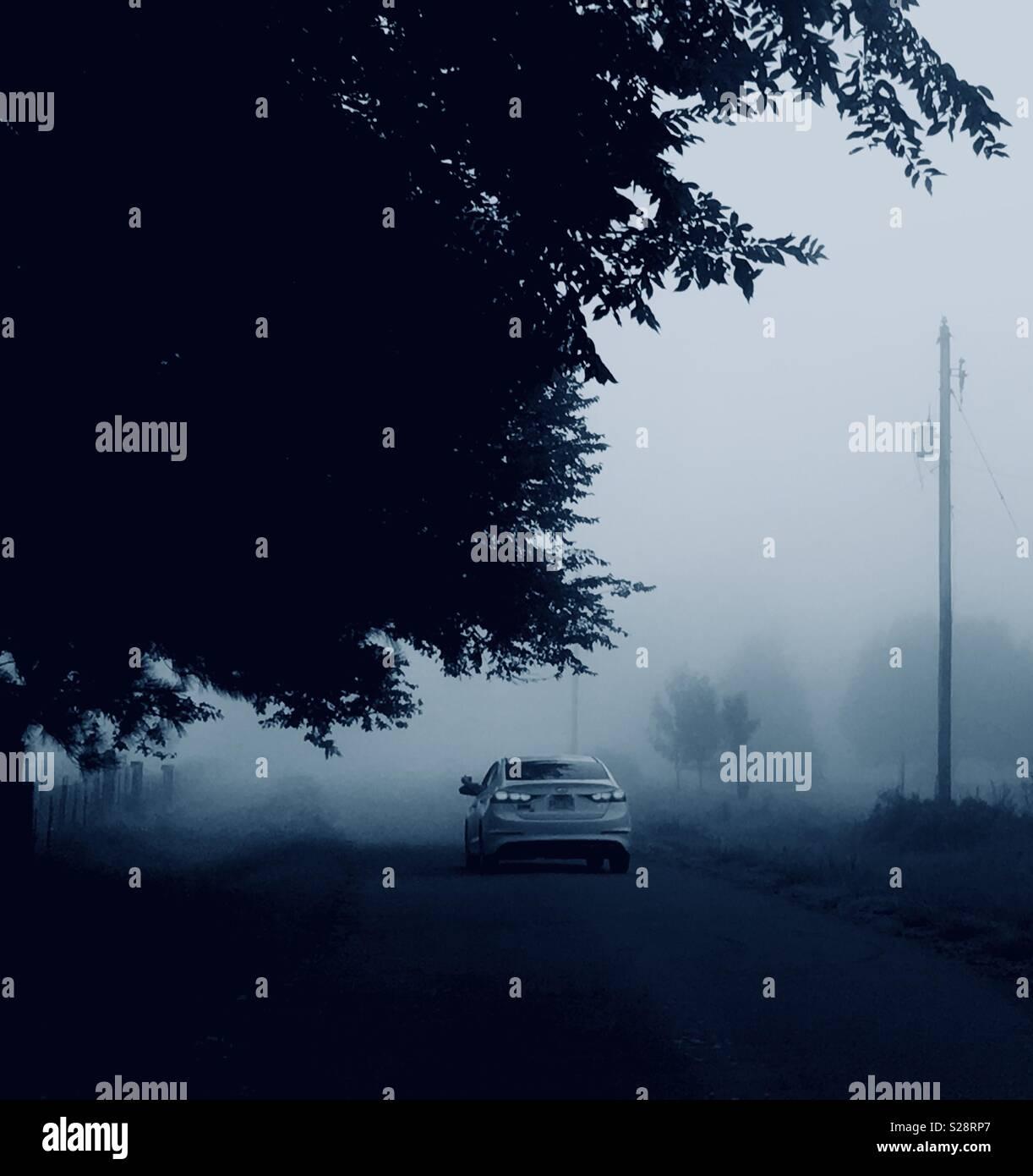 Conduire loin dans l'inconnu Photo Stock