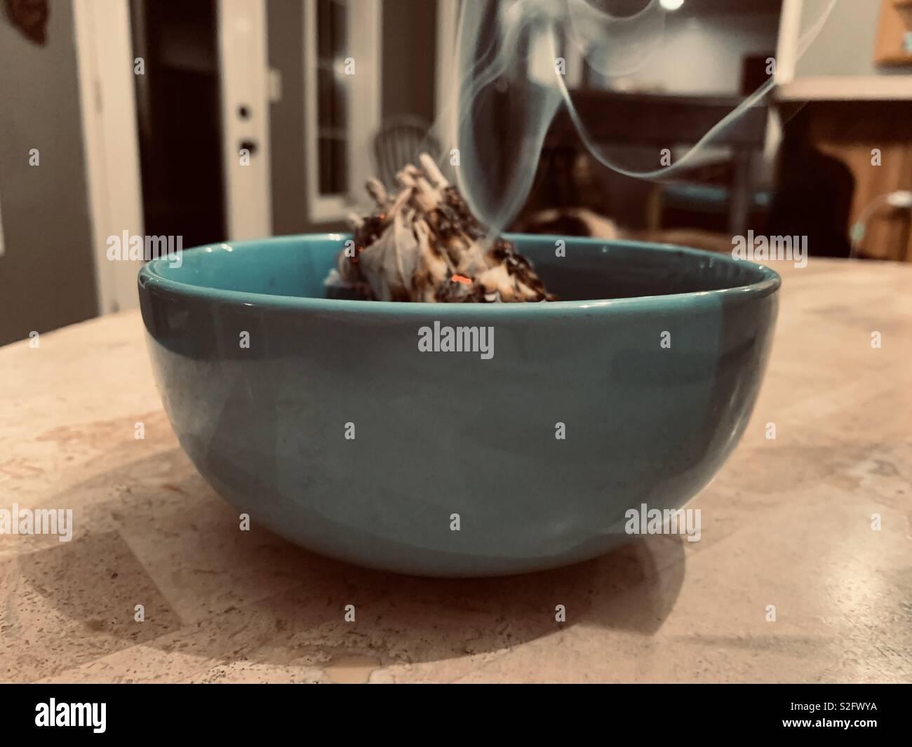 Nouvelle Année: Nettoyage Sage avec l'ancienne Photo Stock