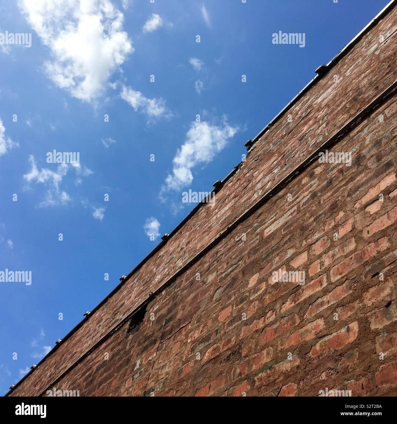 Sky & Wall Photo Stock