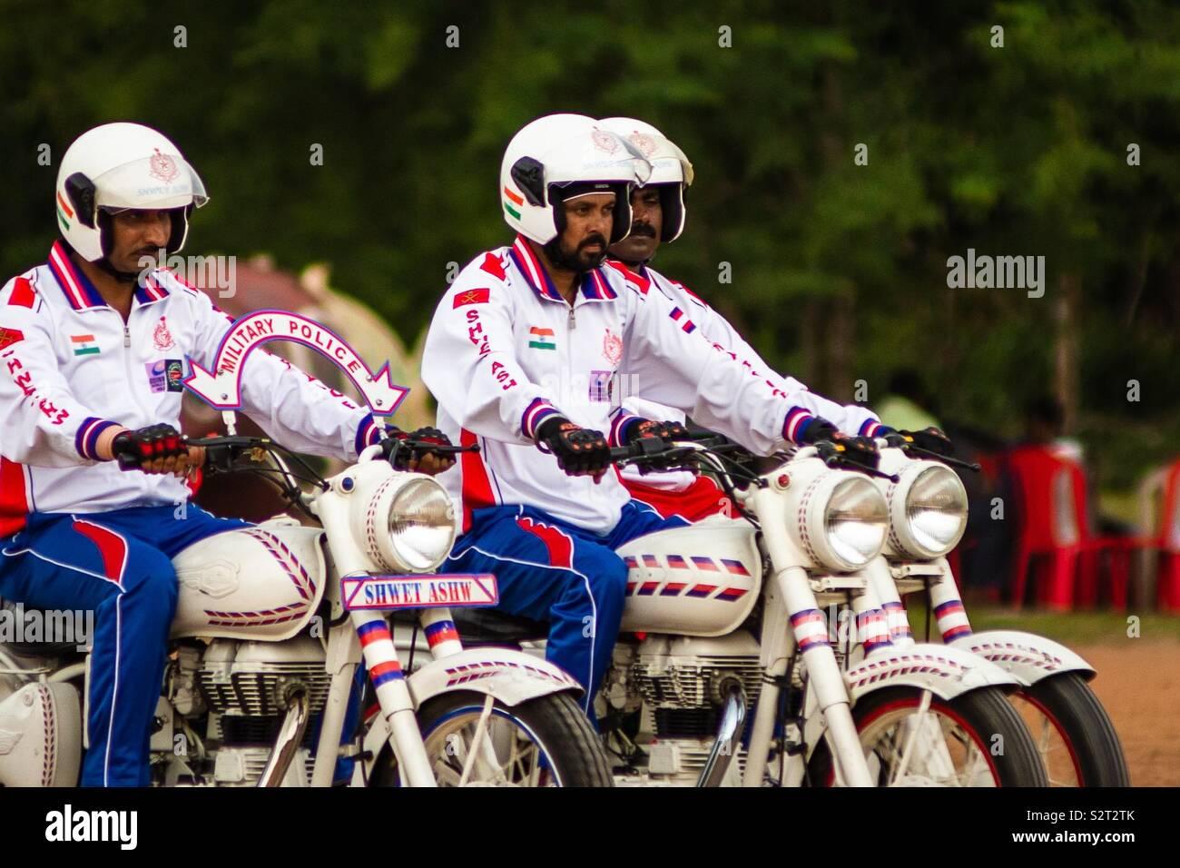 L'affichage à l'École de moto par Kazhakootam Sainik armée indienne Photo Stock