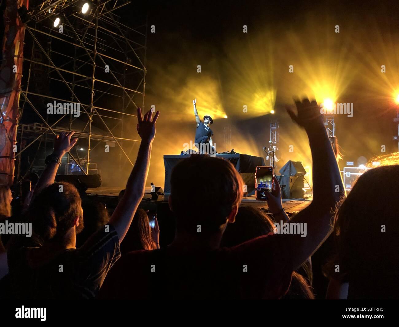 DJ Timmy Trumpet donne un spectacle en direct à Darwin Australie sur le 29.08.2021 Banque D'Images