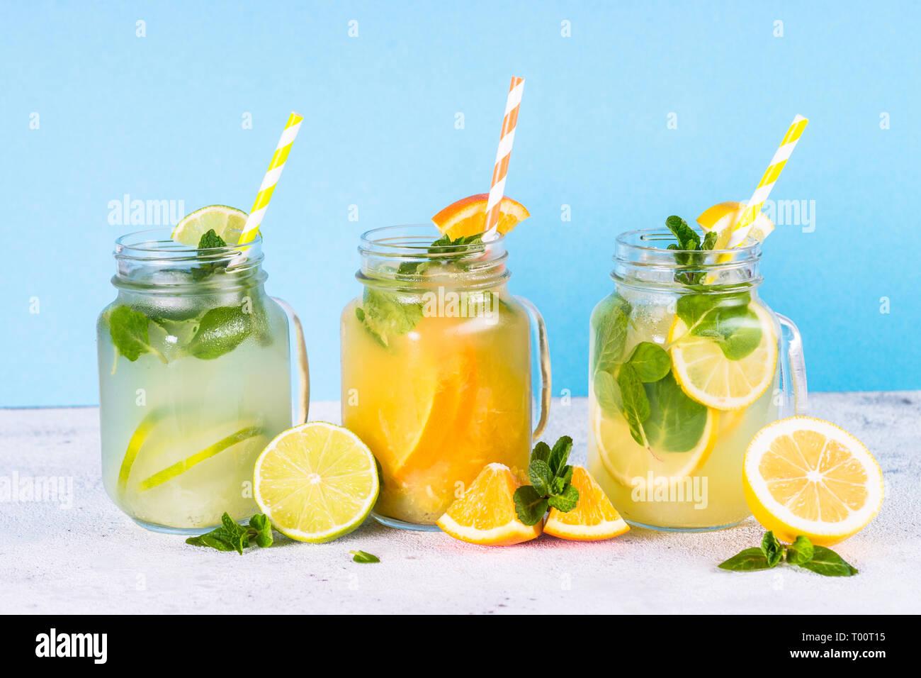 Lemonade, mojito et orange de la limonade. Banque D'Images
