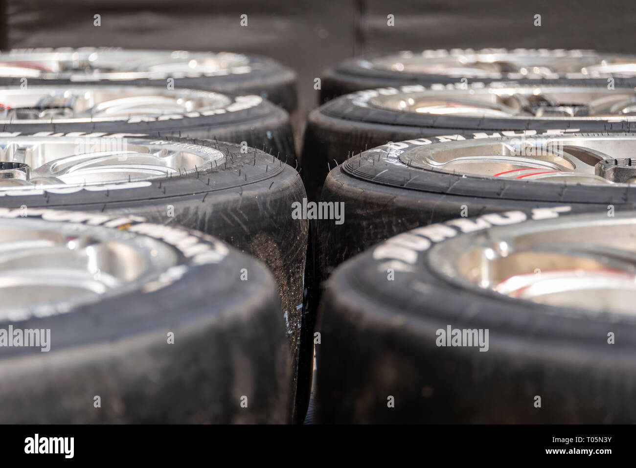 Deux rangées de motor sport racing ready to race Photo Stock
