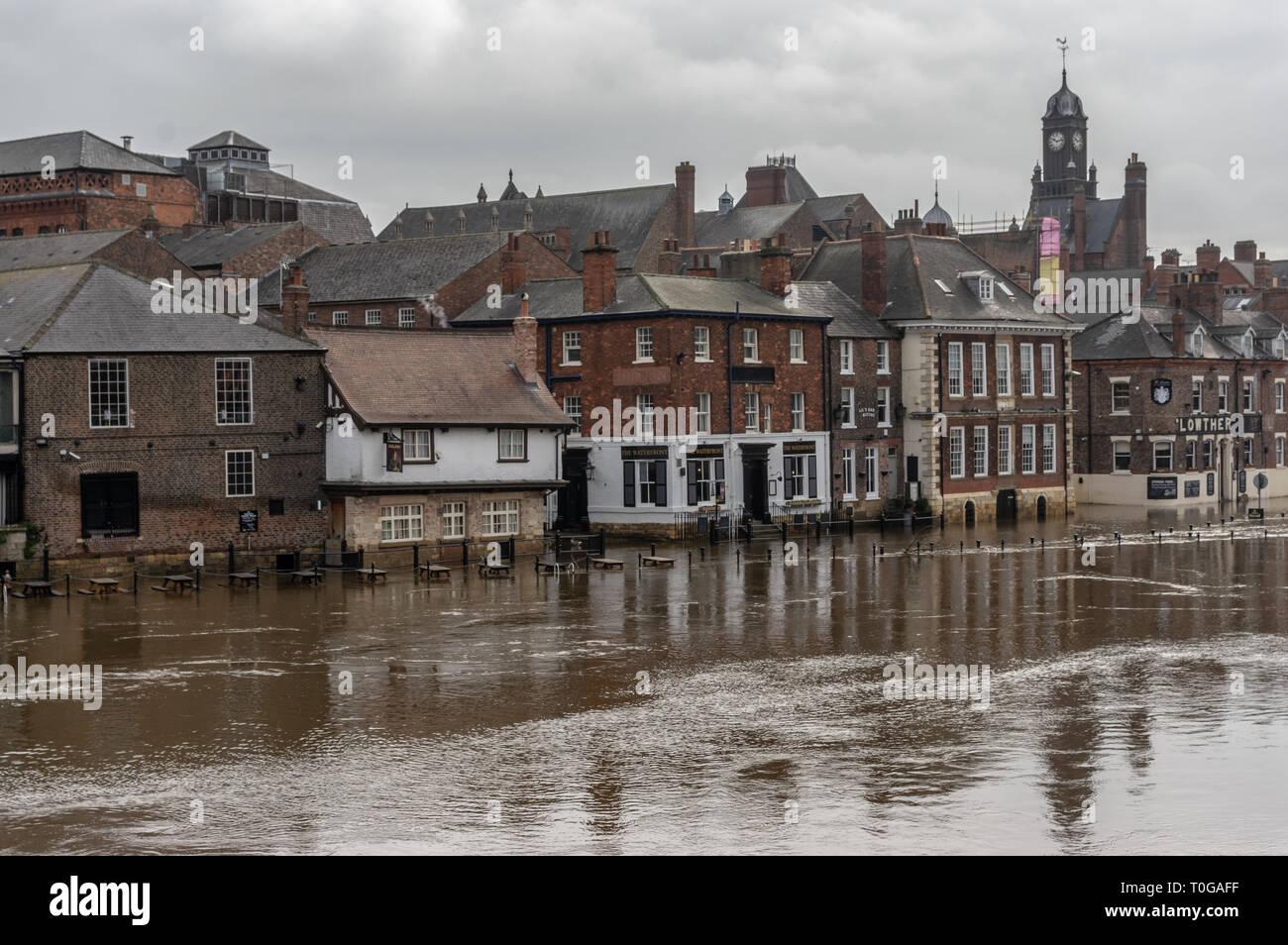 La rivière Ouse à York inondé Photo Stock
