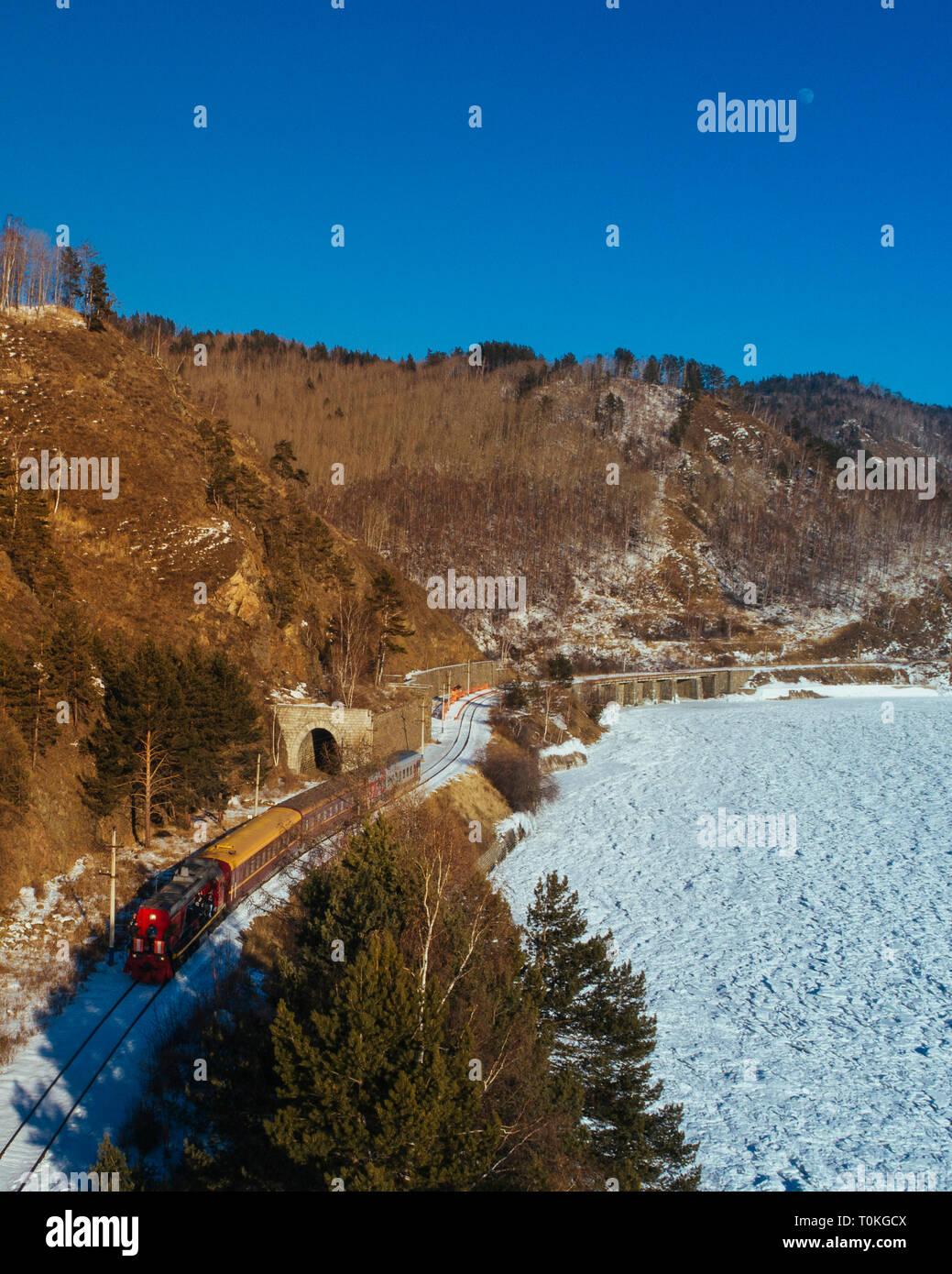 Chemin de fer transsibérien, au lac Baïkal, Russie Banque D'Images