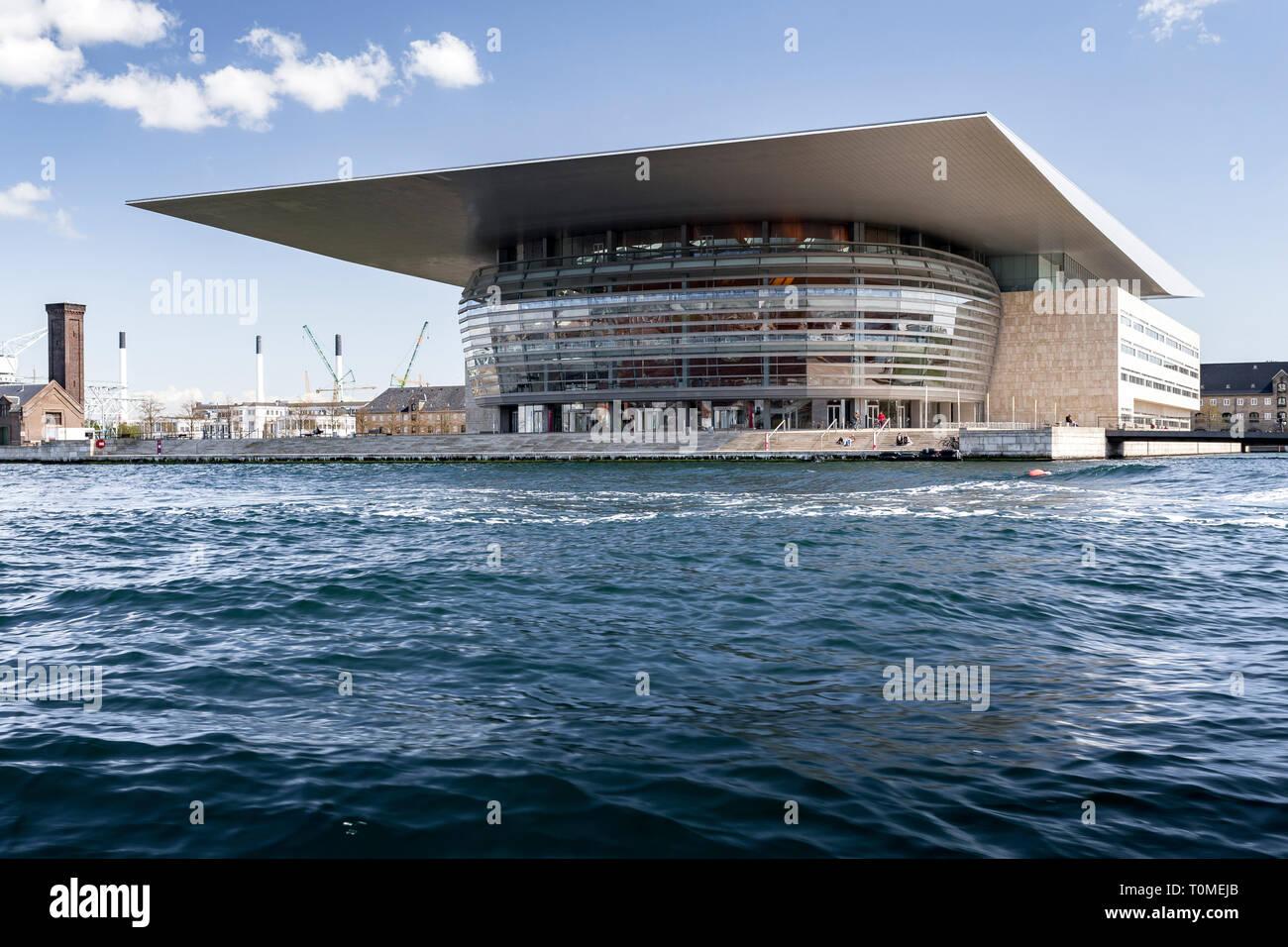 Royal Opera House, à l'Opéra National le canal interne, construit par Henning Larsen, Holmen, Copenhague, Danemark Banque D'Images