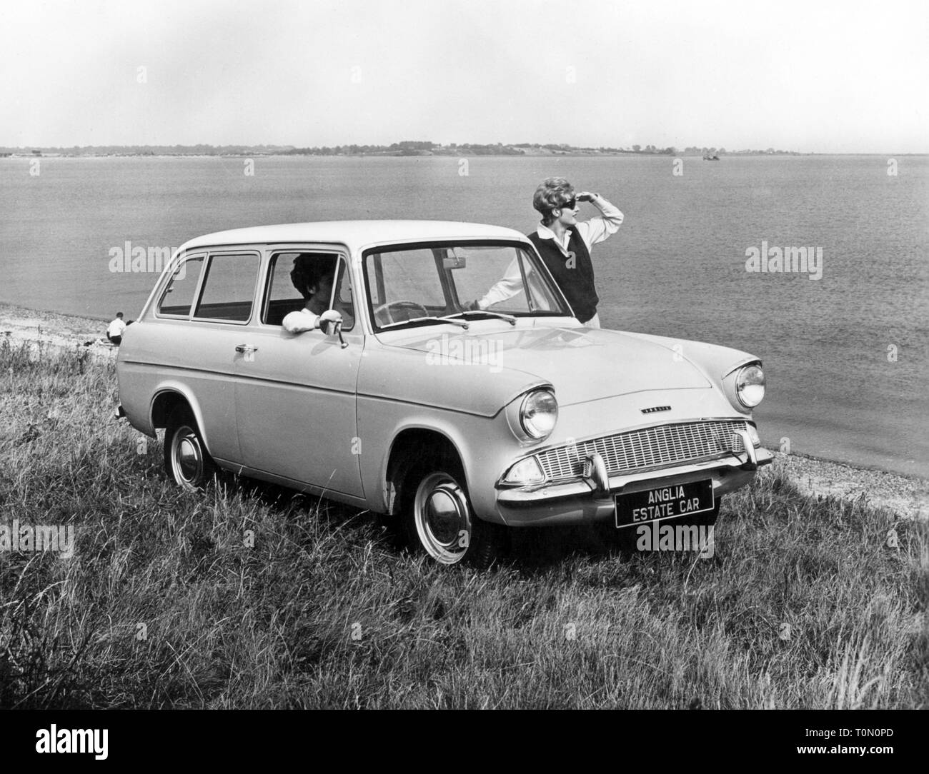 Transport / Transport, voitures, véhicules, Ford Anglia 105E Estate de luxe, vue de l'avant, Ford of Britain, 1960 Additional-Rights Clearance-Info-Not-Available- Photo Stock