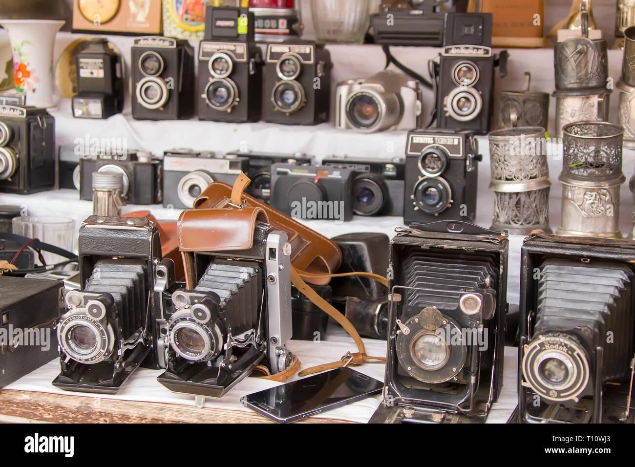 Moscou, le 08 juin 2018. Marché Central.Vintage cameras. Matériel photographique ancien Banque D'Images