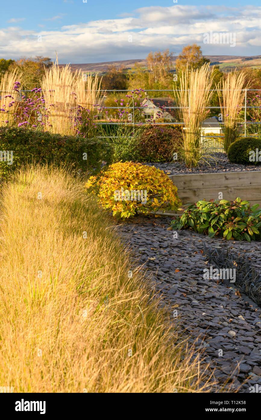 La couleur en automne dans le magnifique jardin privé ...