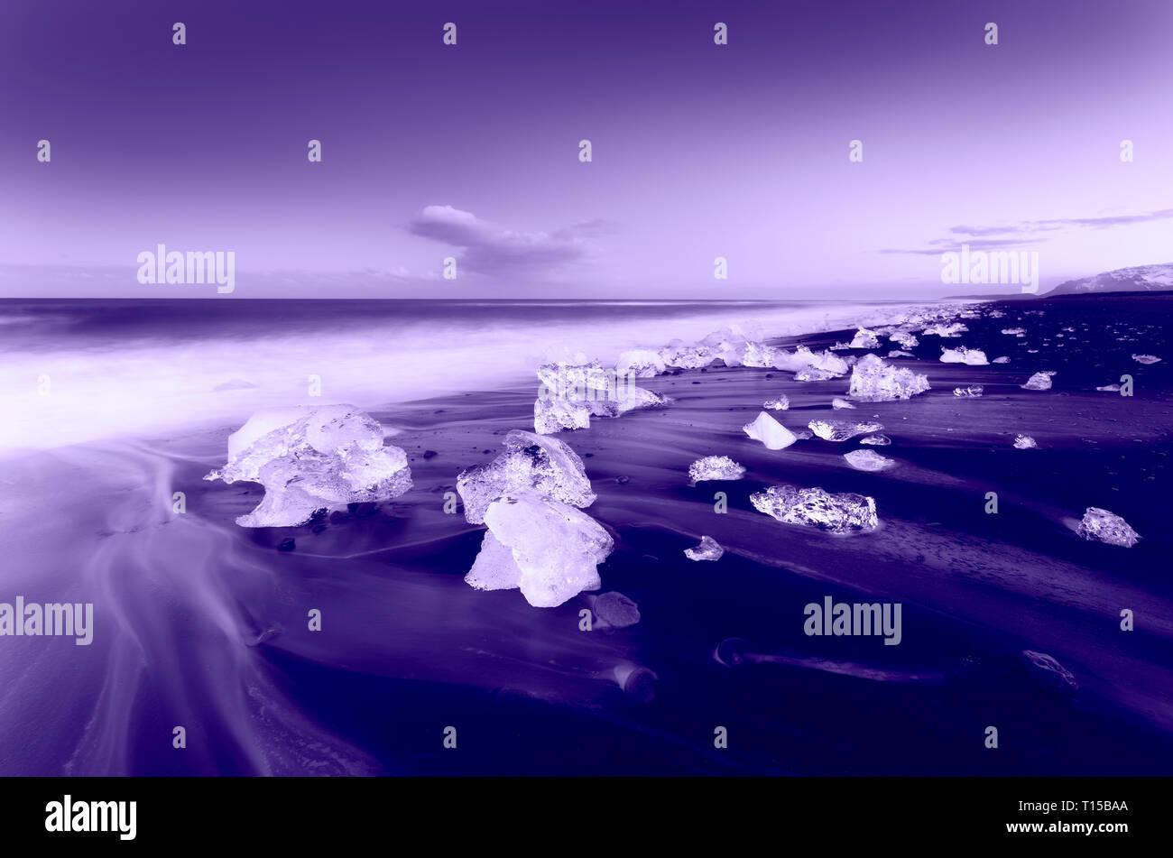 Plage du Jökulsárlón, mini Ice bergs, Sud de l'Islande. Photo Stock